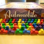 Automobile: cuando mecánica y temática encajan